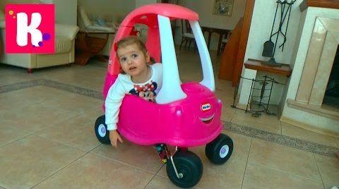 Видео Большая розовая машинка / Собираем и устраиваем гонки с трактором