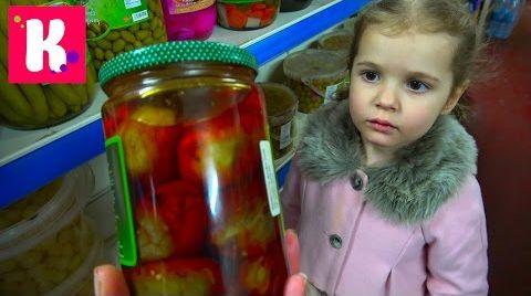 Видео ЧЕЛЛЕНДЖ Угости соперника / Мальчики против девочек / Китайская еда против Персидской еды
