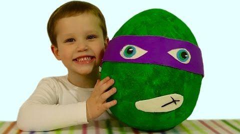 Видео Черепашки Ниндзя огромное яйцо с сюрпризом открываем игрушки Giant surprise egg TMNT toys