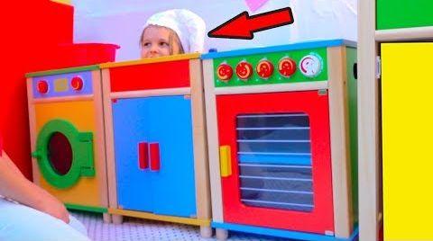 Видео DIY Детский ДоМик РЕСТОРАН с игровой кухней или Pretend Play in DIY Playhouse for children