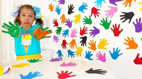 Видео Катя и цветная стенка с её отпечатками