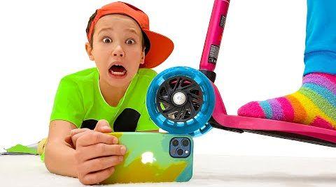 Видео Катя и детские истории про телефон Макса