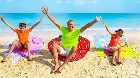 Видео Катя и Макс играют на пляже