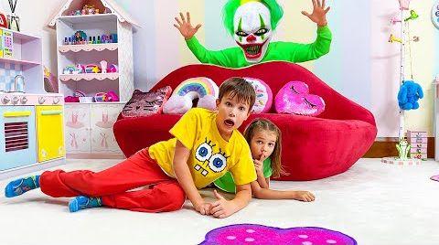 Видео Катя и Макс играют в прятки с клоуном