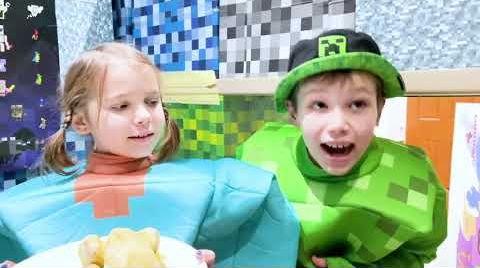 Видео Катя и Макс сделали себе дом из кубиков Майнкрафт
