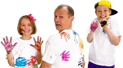 Видео Катя и Макс устроили челлендж с красками