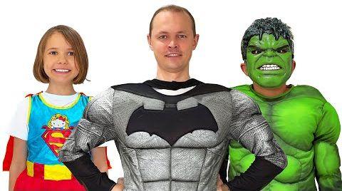Видео Катя собирается на вечеринку Супергероев