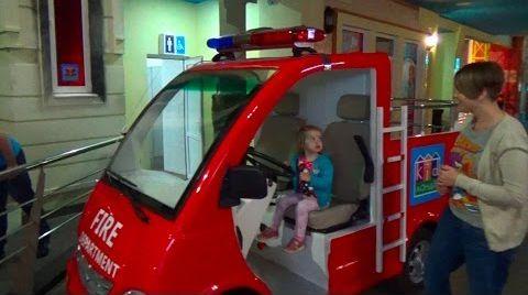 Видео Киев День#4 /ходим по ТРЦ Гуливер/ магазин игрушек/идем в детский комплекс Кидландия