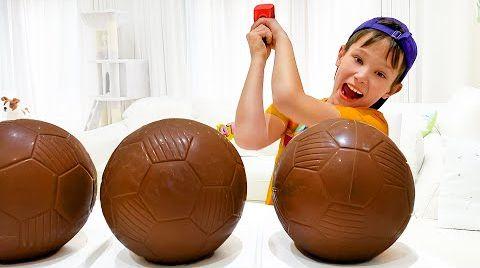 Видео Макс и история про шоколадный футбольный мяч