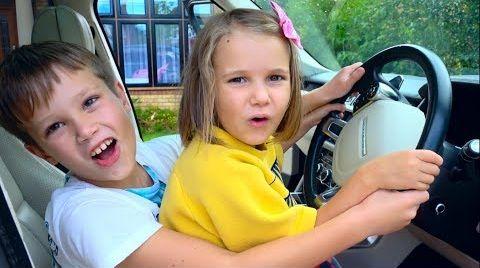 Видео Макс и Катя показывают Как не нужно поступать детям