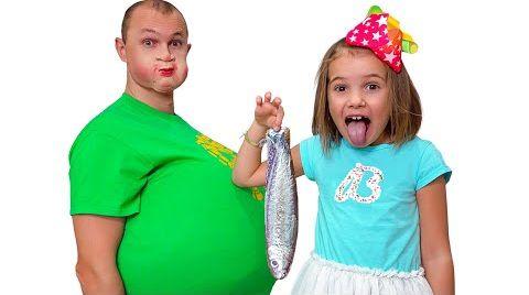 Видео Макс и Катя учат папу не есть сладостей
