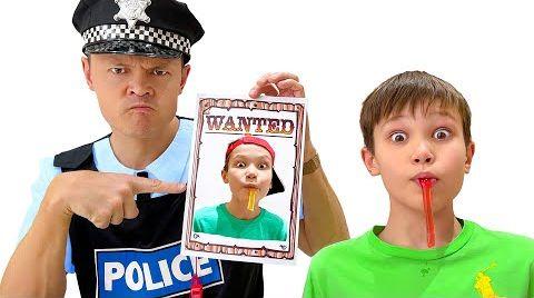 Видео Макс и Катя забрали желейные конфеты у полиции