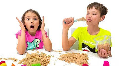 Видео Макс насмешил Катю съедобным песком