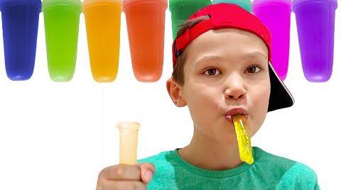 Видео Макс не хочет делится длинными желейными конфетами с Катей
