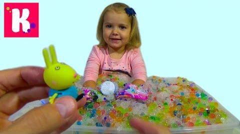 Видео Орбиз сюрпризы игрушки с разноцветными шариками в искусственном снегу Orbeez