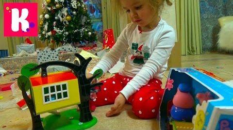 Видео Подарки Кате от Деда Мороза / Открываем игрушки под Новогодней ёлкой 2016