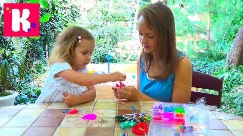 Видео Rainbow loom/ плетем браслетик с Владой