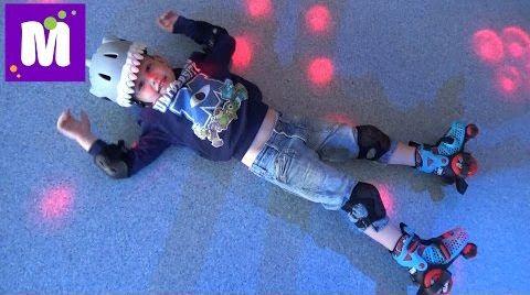 Видео Rich Sport первое катание на самокате первые шаги на роликах  Леопарк детский развлекательный центр