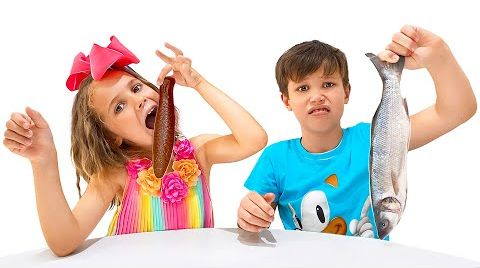 Видео Шоколадное или настоящее челлендж от Макс и Кати