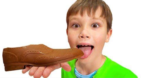 Видео Шоколадный Челлендж Макс и Катя