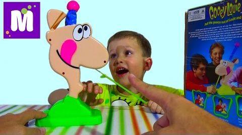 Видео Сопливый Луи играем в игру сюрприз