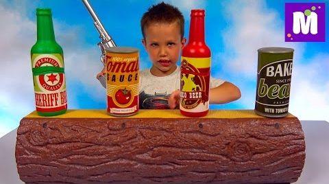 Видео Супер Тир дома Макс стреляет лазером из пистолета по бутылкам игрушка для мальчиков