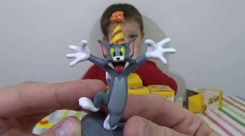 Видео Том и Джери коробочки сюрпризы открываем игрушки