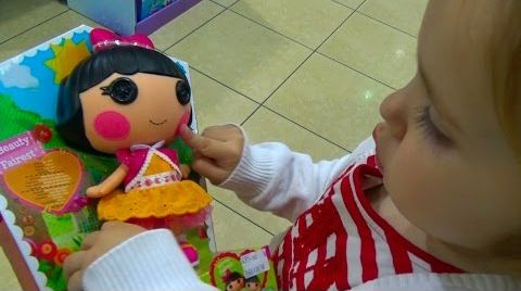 Видео VLOG поход в детский магазин за игрушками/ шопинг